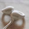 耳を塞がないイヤホン「ambie sound earcuffs」が登場