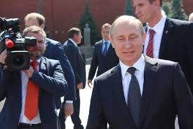 ロシアの株価が超下落、米制裁措置で2年間で最大の暴落